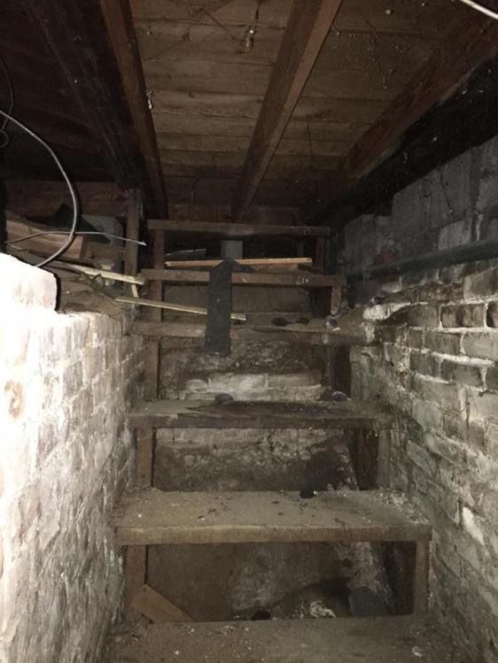 Creepy Basement Showing Molly S Real Estate Adventure